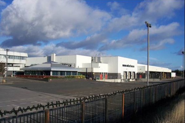 Remediation of Large Oil Spill, Tesco, Dundee